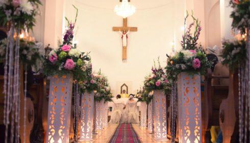 arreglos florales en iglesia para un matrimonio en lima
